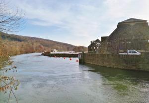 Wasserkraftwerk am Ruhrviadukt Witten