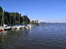 Segelboote im Olgahafen