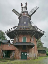 Rückseite der voll funktionsfähigen Mühle