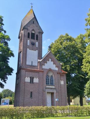 Ev. Johanneskirche in Niederndorf