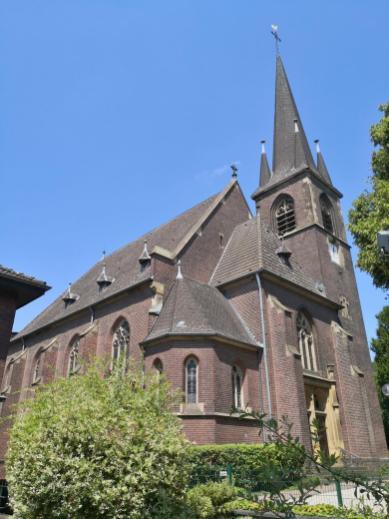 Kirche St. Amandus in Herongen