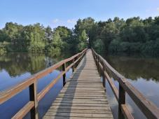 Brücke über eine der Buchten