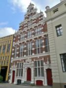 Historisches Haus neben dem Rathaus