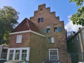 Haus an der Neuapostolischen Kirche