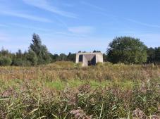 Monument am Eingang zum Truppenübungsplatz