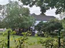 Beliebter Landgasthof am Uettelsheimer See