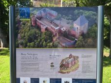 Infotafel an der Burg