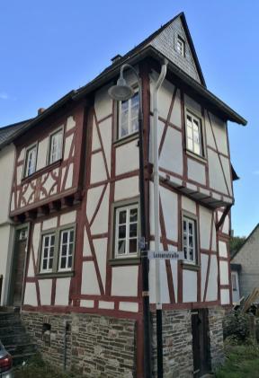 Das schmalste Fachwerkhaus von Gemünden