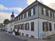 Reformiertes Schul- und Pfarrhaus