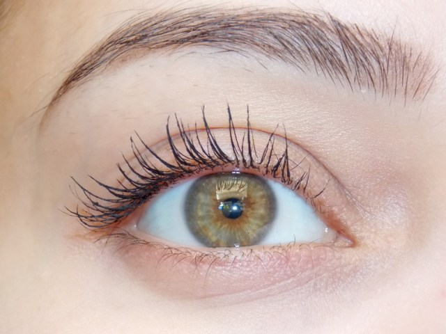 mascara-mini-mega-lashes-sante