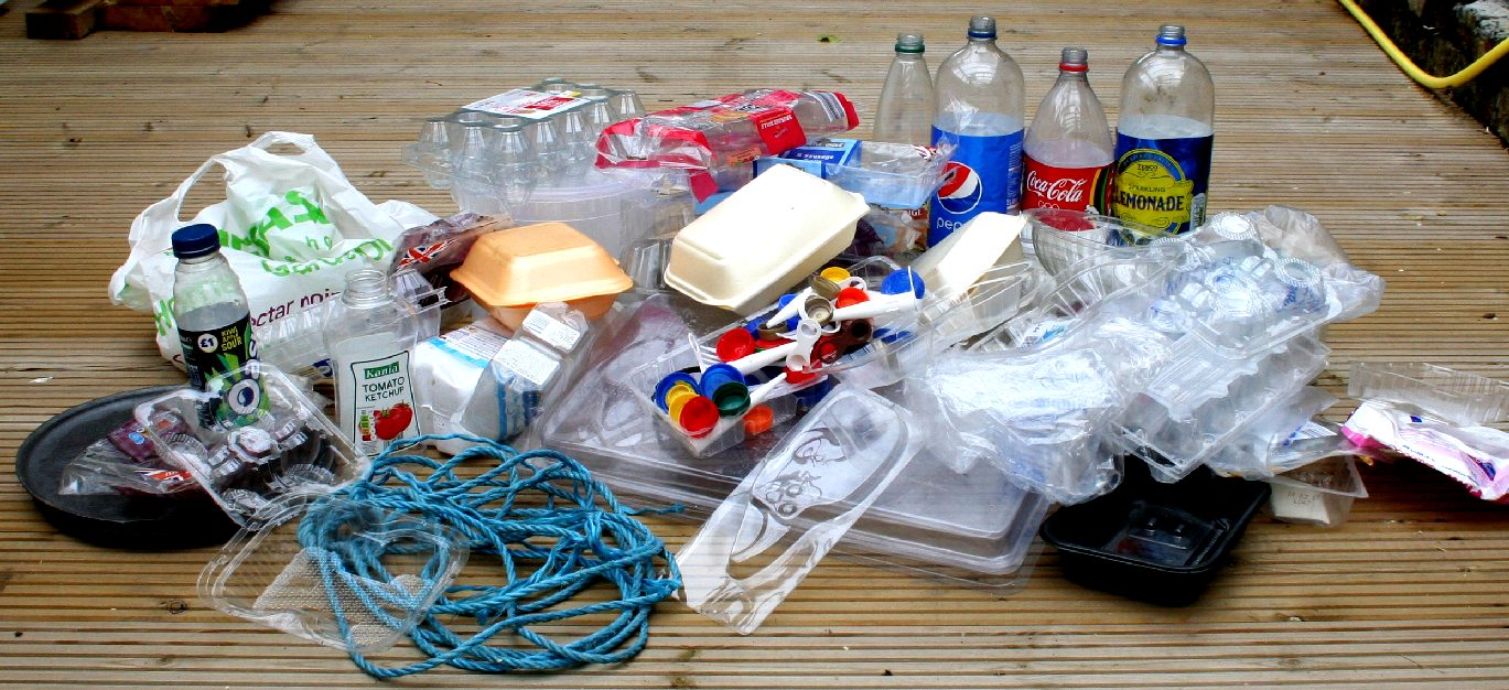 DESIGNING PLASTIC PACKAGING FOR REDUCTION AND RECYCLING