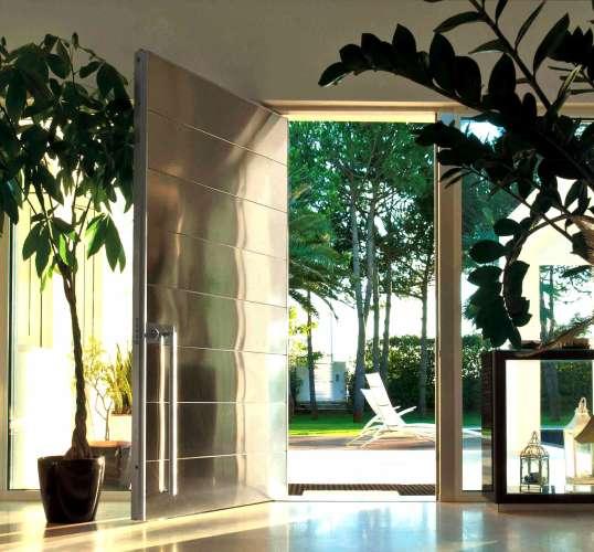 mirrored pivot door for luxury home