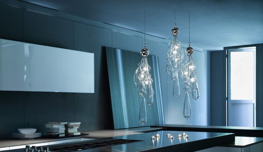 Delicate glass Pendant Lighting from ITALAMP