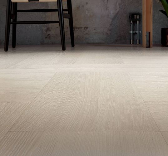 Custom Sustainable Oak Flooring Design