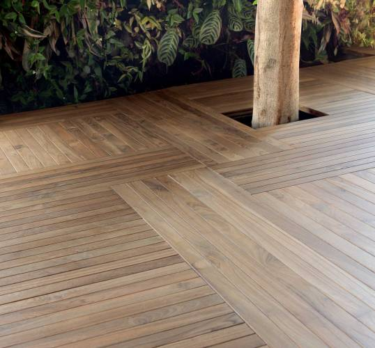 Teak Solid Wooden Flooring Design