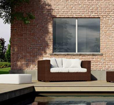 Zeroframe Windows in brick building