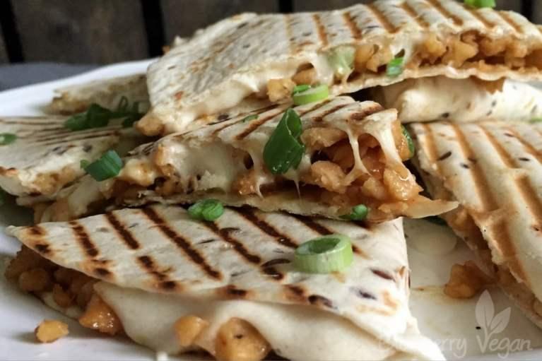 Quesadillas mit Cashewkäse