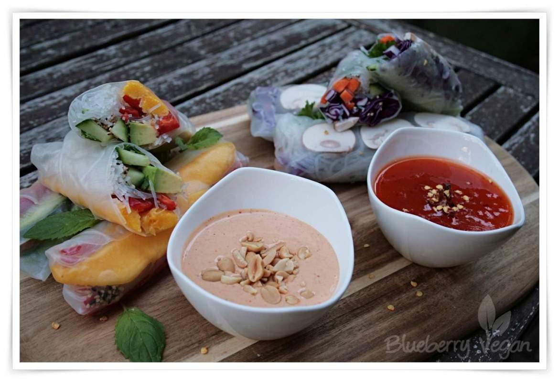 [cml_media_alt id='5257']Sommerrollen mit Erdnusssauce und Sweet Chili Sauce.[/cml_media_alt]