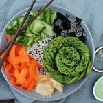 Sushi Bowl mit Avocado