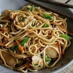 Gebratene Nudeln wie vom Lieblings-Chinesen
