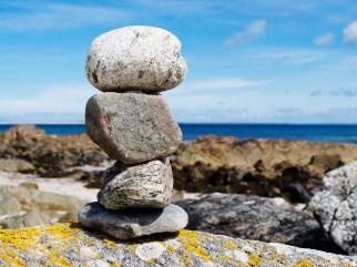 macapaca_stones