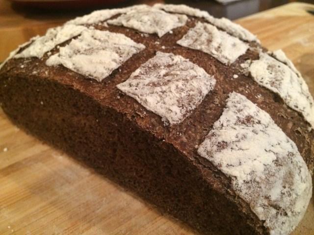 pumpernickel bread how to eat