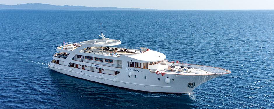 Adriatic-Cruises-2018-aboard-small-shipKarizma-1