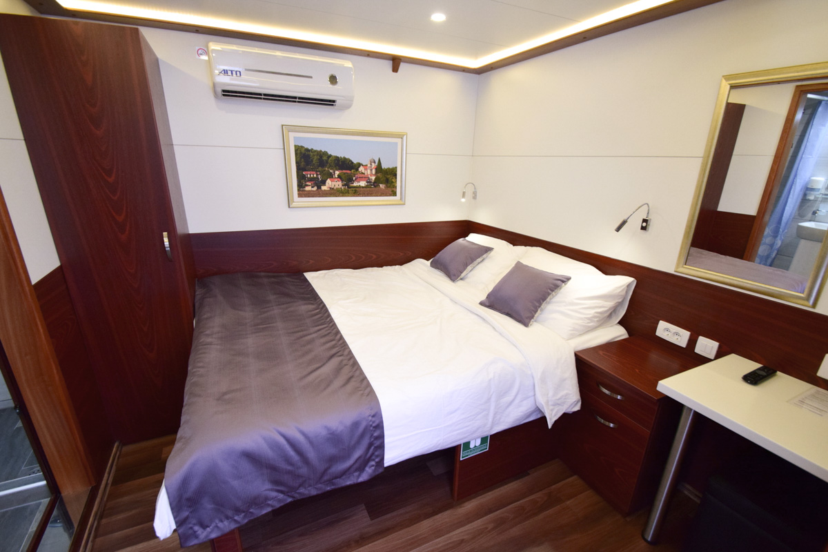 MS Equator Double Cabin