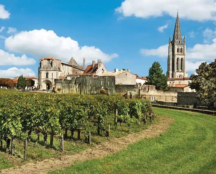 Bordeaux_SaintEmilion_ss15661937