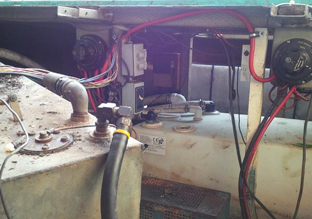 bluefin-electric-motor-gas-tank