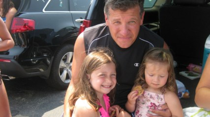 coach-joe-with-little-ones