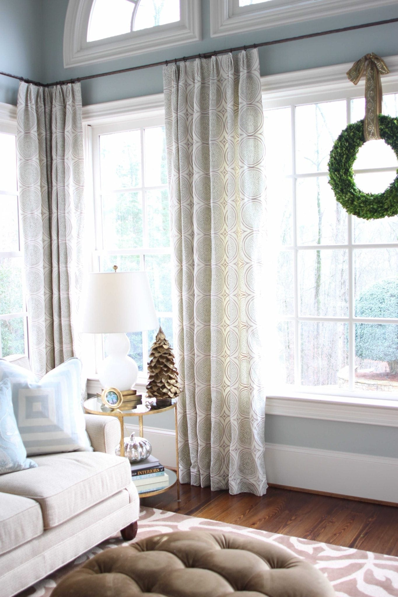 Simple rustic holiday decor with boxwood.