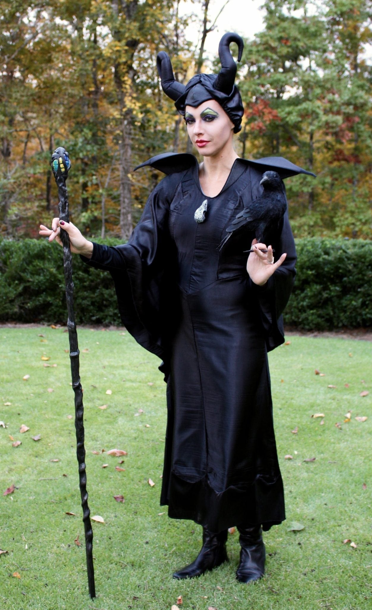 How to create a Cheap maleficent halloween costume