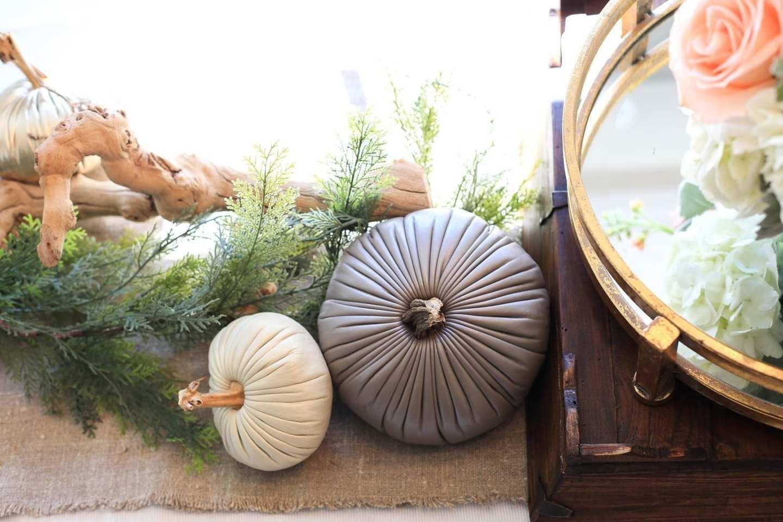 fall kitchen tablescape
