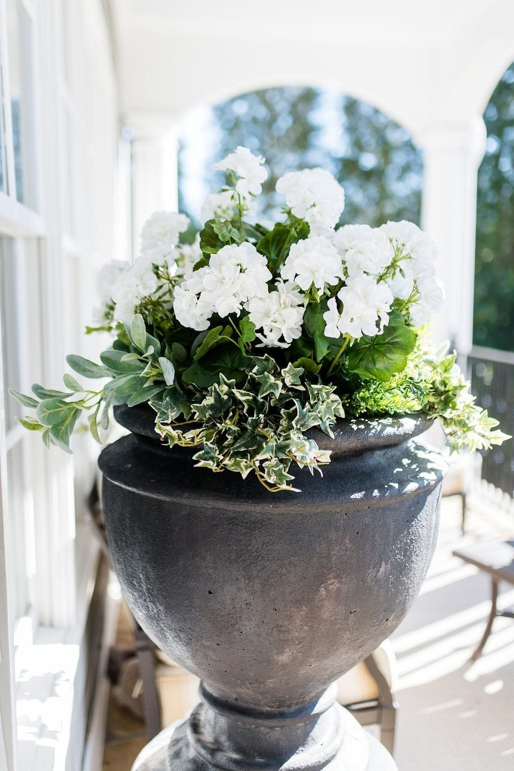 Silk White Geraniums In Tall Black Container. & Fake Potted Flowers \u0026 I Put Fake Flowers Outside. Not Even Lying To You.