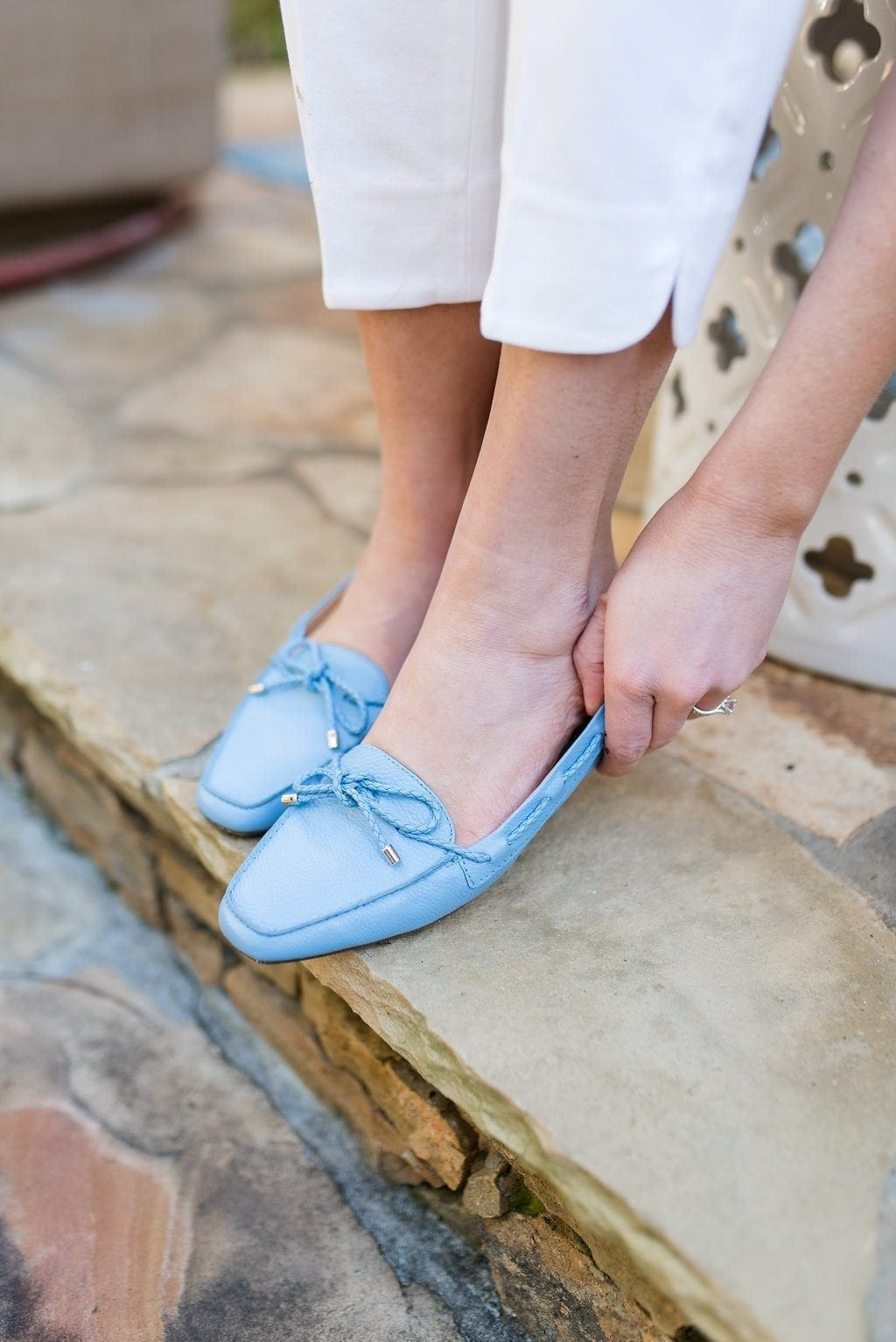 Women flats in a great shade of blue! Comfortable loafer style shoes in current and easy to wear colors!