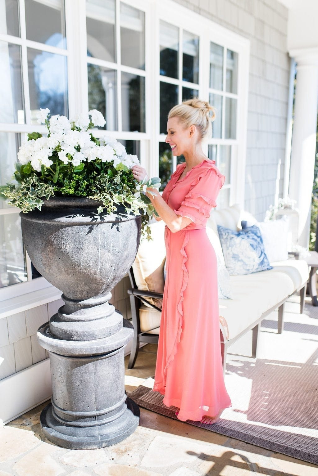 Tips to use fake flowers outside without anyone knowing!
