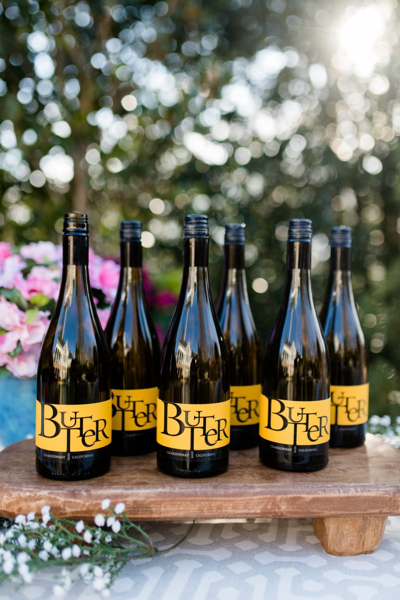 Easy to love Butter Chardonnay from JaM Cellars. Yummy Chardonnay that's perfect for spring parties!