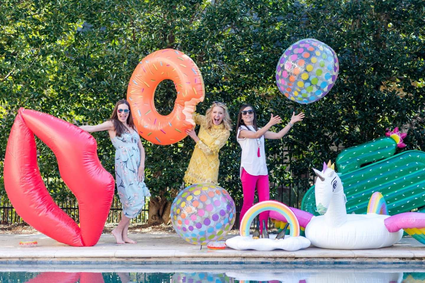 Giant inflatable pool floats! How to throw a fun summer party. Tips for music playlists and more!