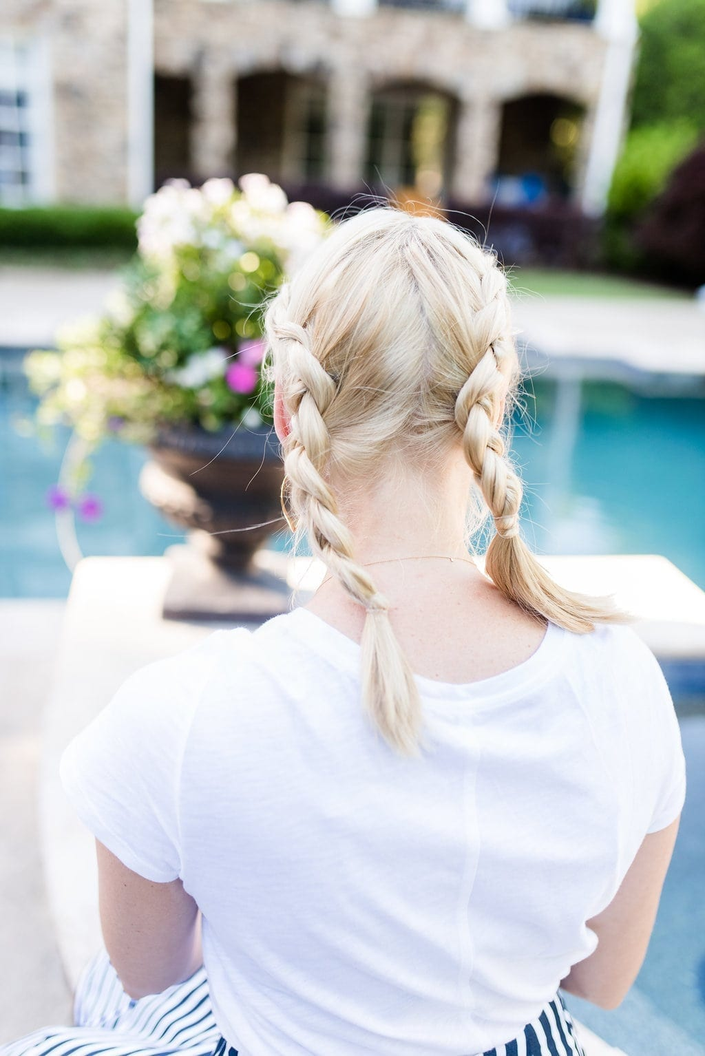 Side braids. How to braid hair for girls.