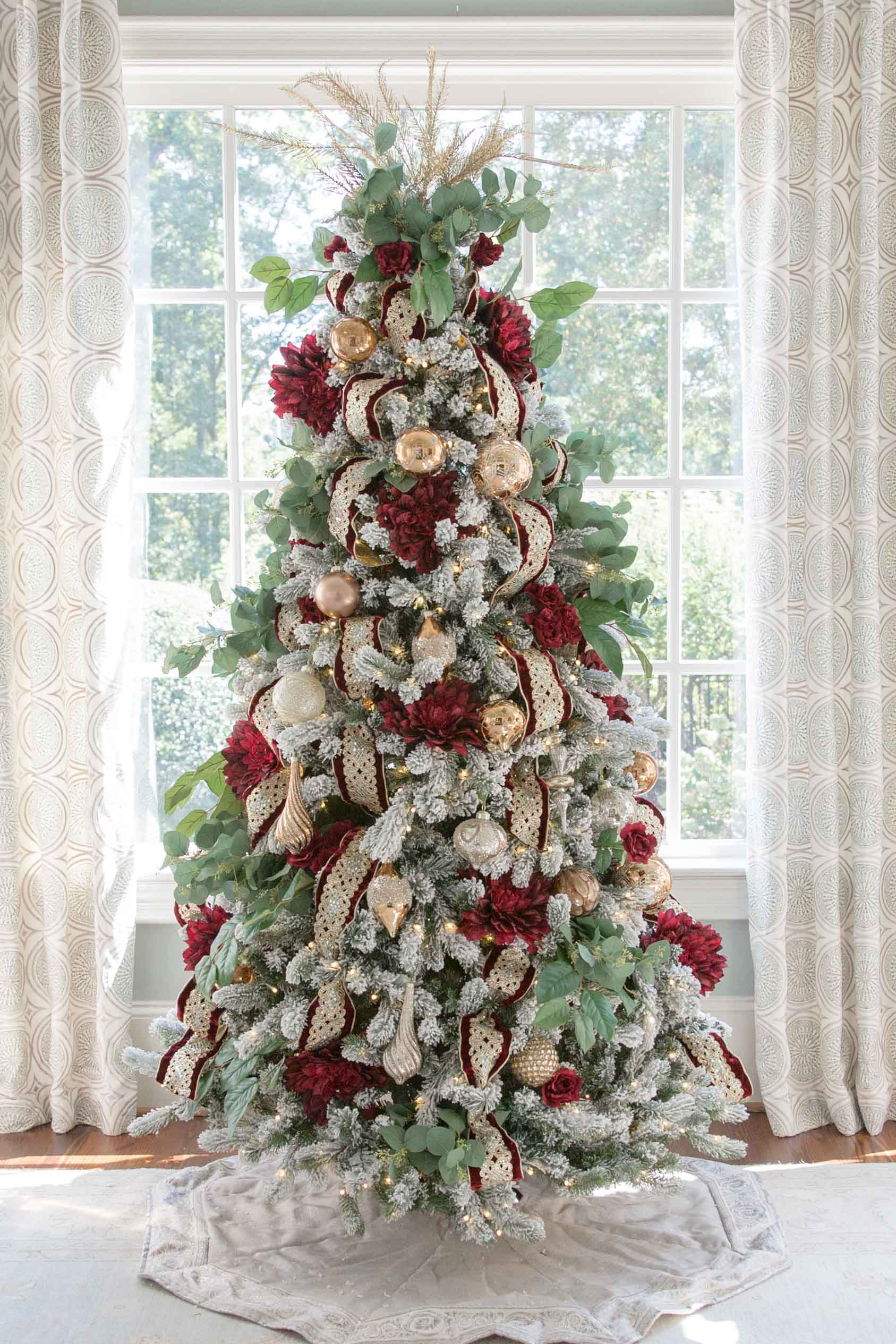 Decorating Christmas Trees Wired Ribbon