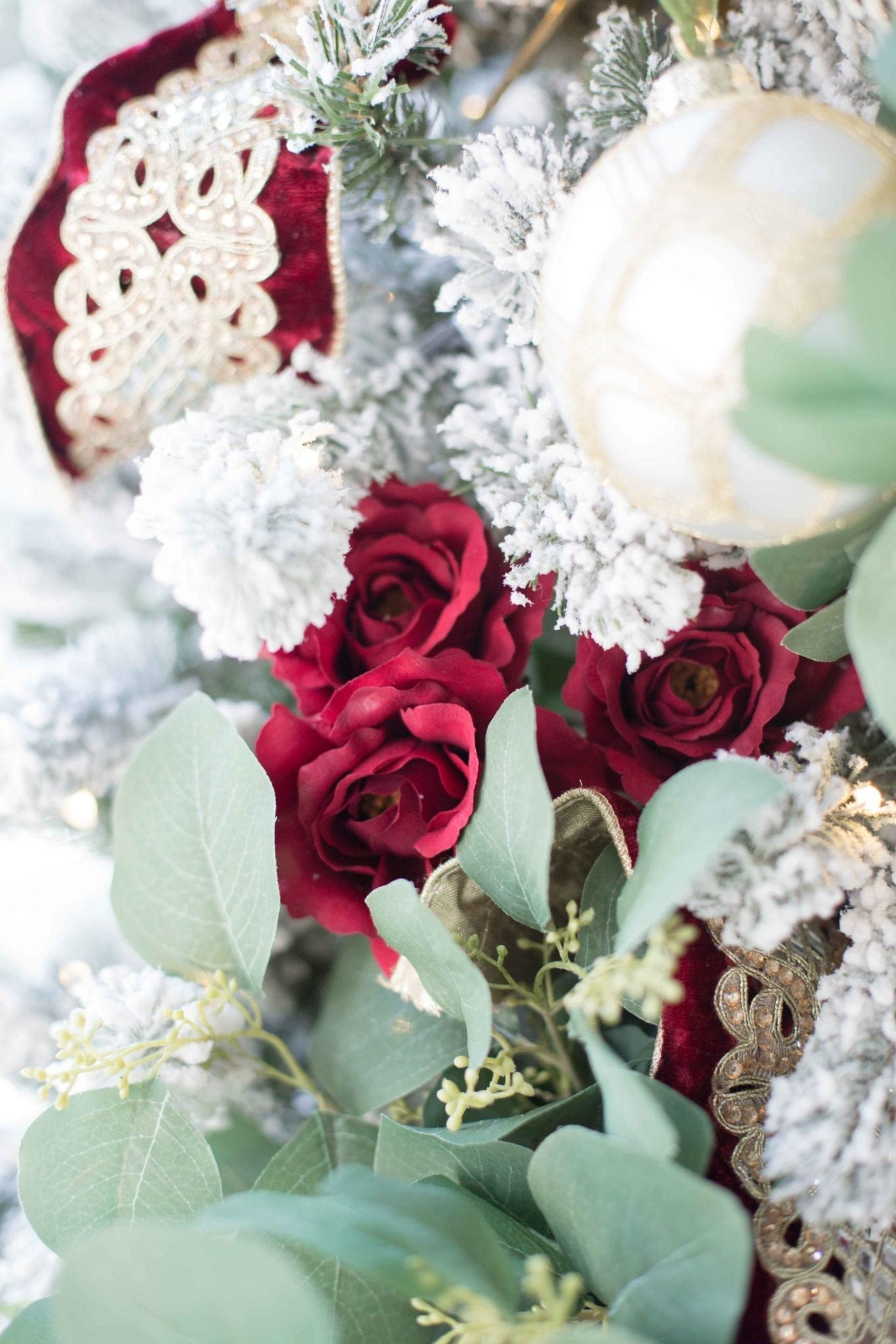 How to use Red Roses for Holiday Decor.