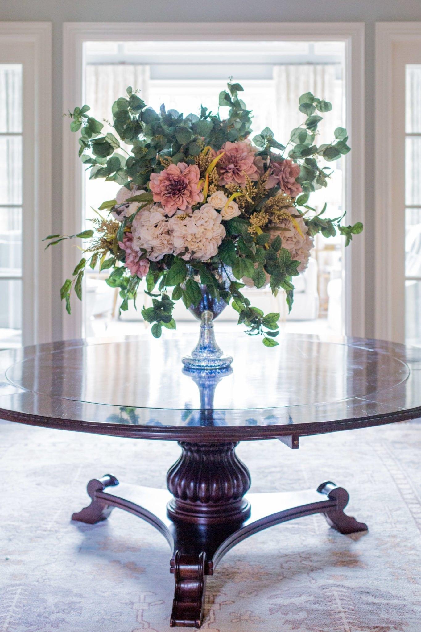 How to make silk flower arrangements in a vase.