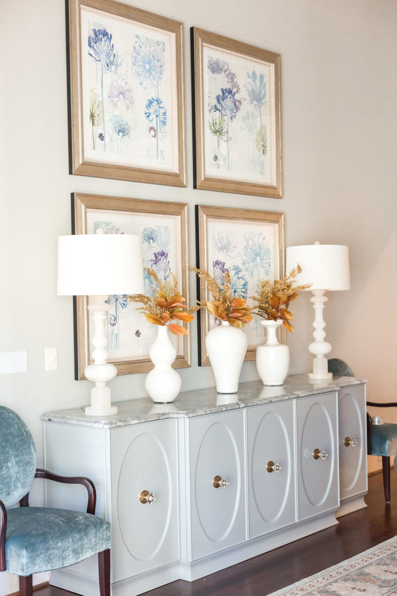 Decorating for Fall with Modern Look. Dining Room Thanksgiving decoration ideas.