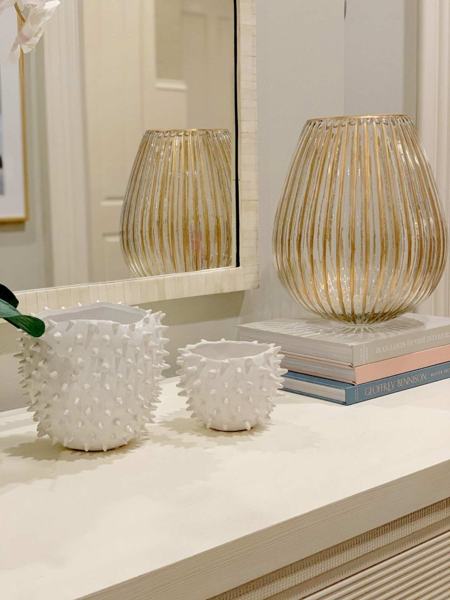 White Urchin decor and how to style a coffee table.
