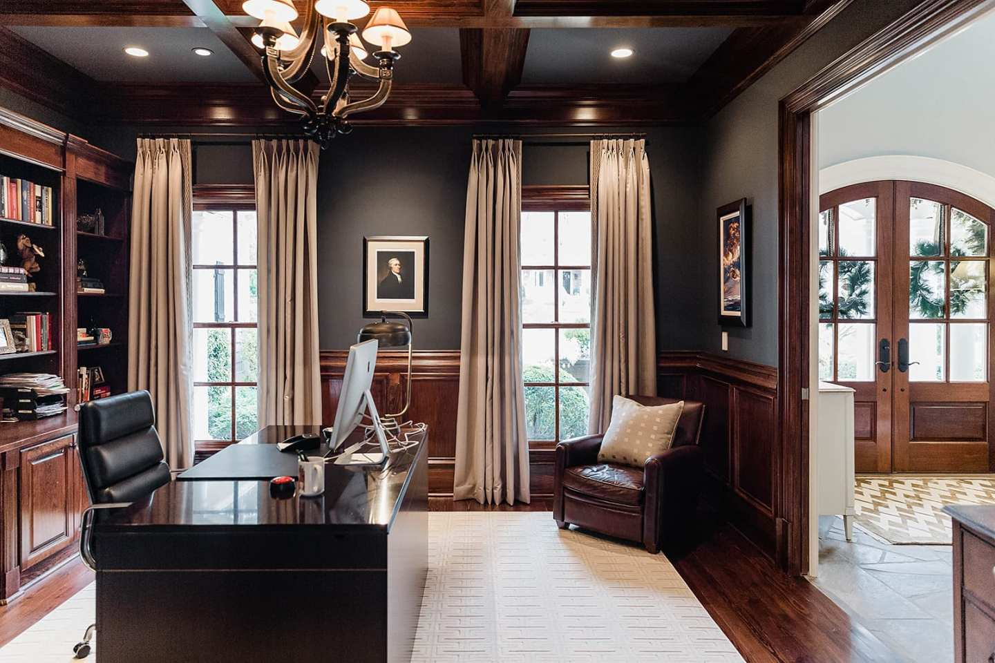 Drapery Ideas for living room. Tips for how high to mount your drapes.