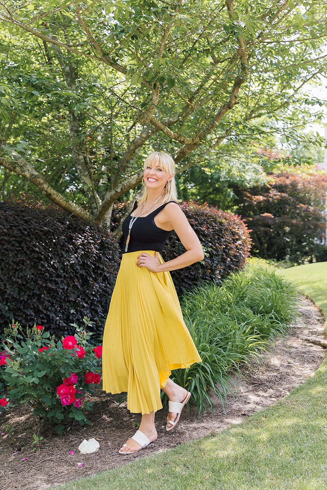 Hello, Yellow Skirt!