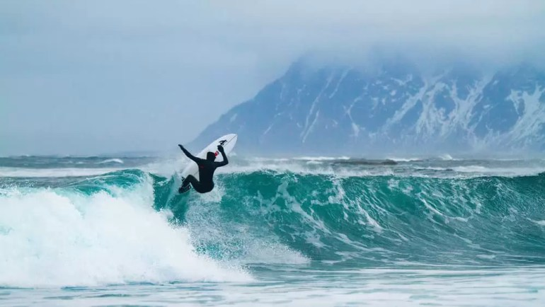 patagonia-green-wetsuits-7