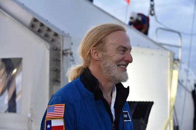Victor Vescovo na pokładzie statku