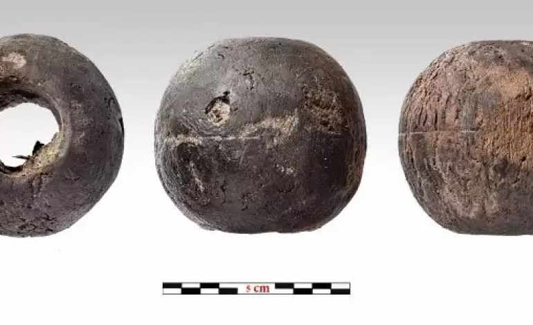 Drewniany kawałek takielunku używany do masztu statku. Źródło: Ministerstwo Kultury Grecji